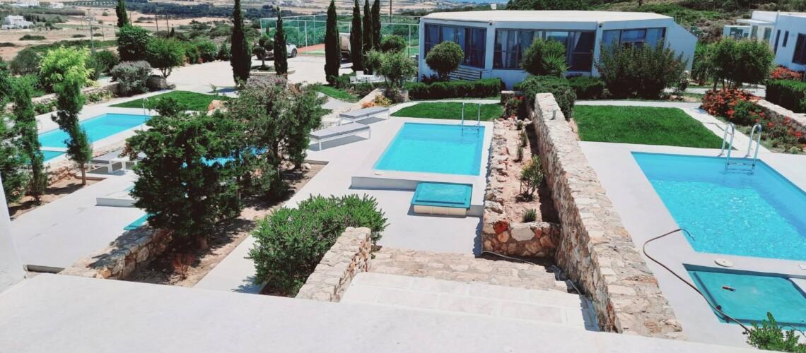 Villa 2br pools